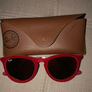 Red Velvet Ray Bans with case
